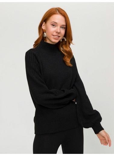 Xint Kazak Siyah